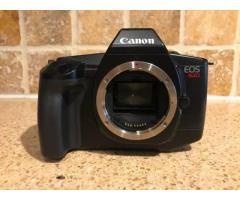 Donne Canon eos 620 35mm film camera